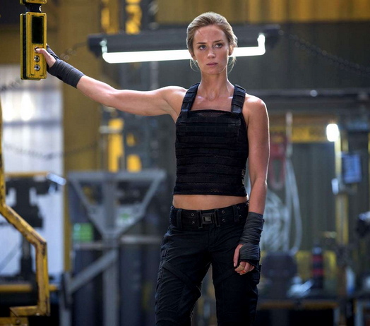 The Edge of Tomorrow – Emily Blunt Workout – Writers Lift Too